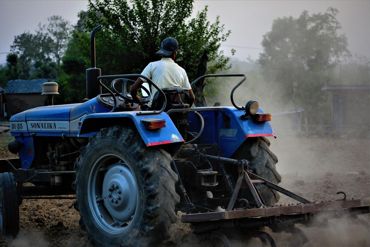 Kalanipoo tractor plough